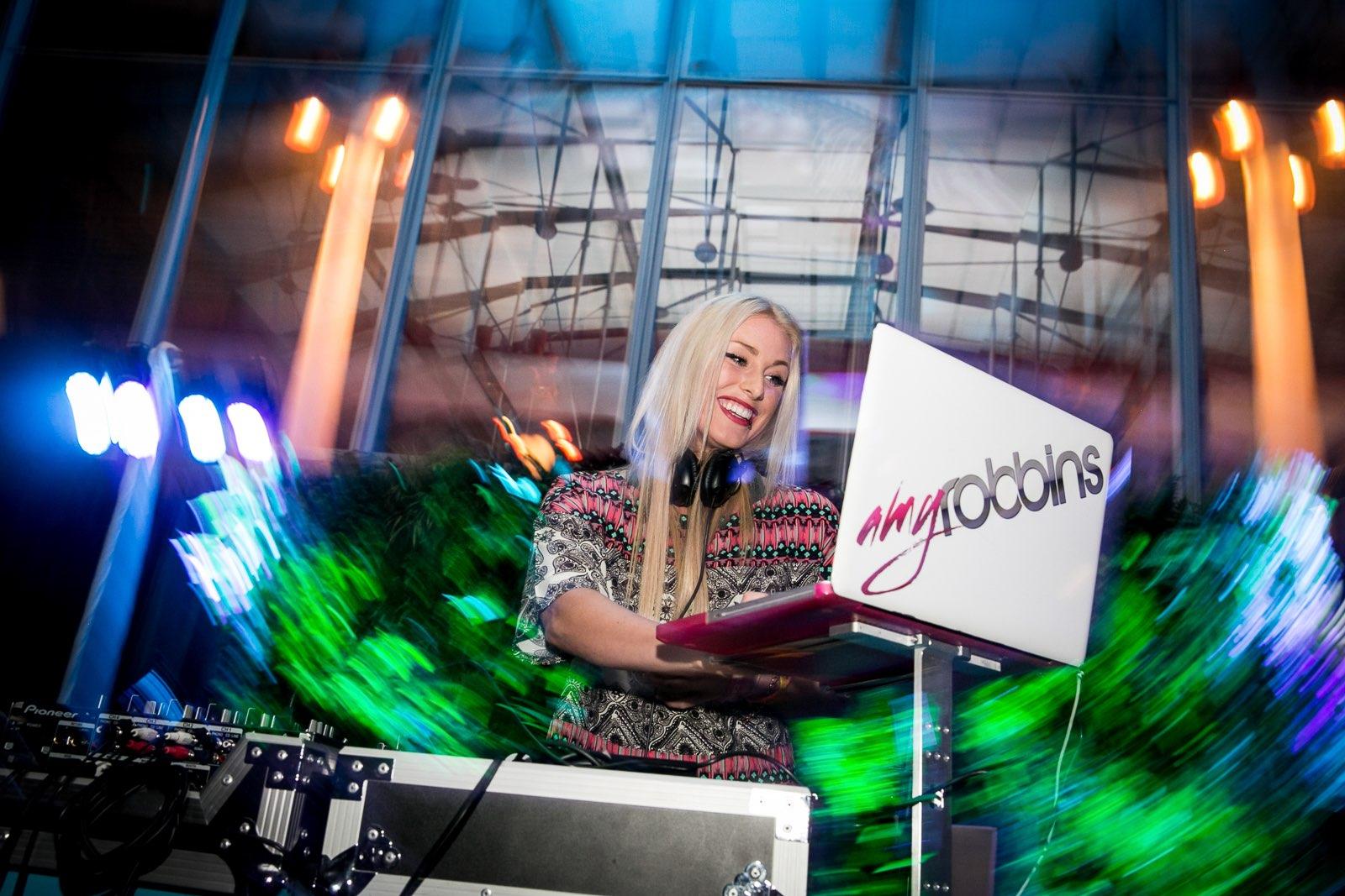 Amy-Robbins-dj-CA-academy-of-sciences-sf Nightlife