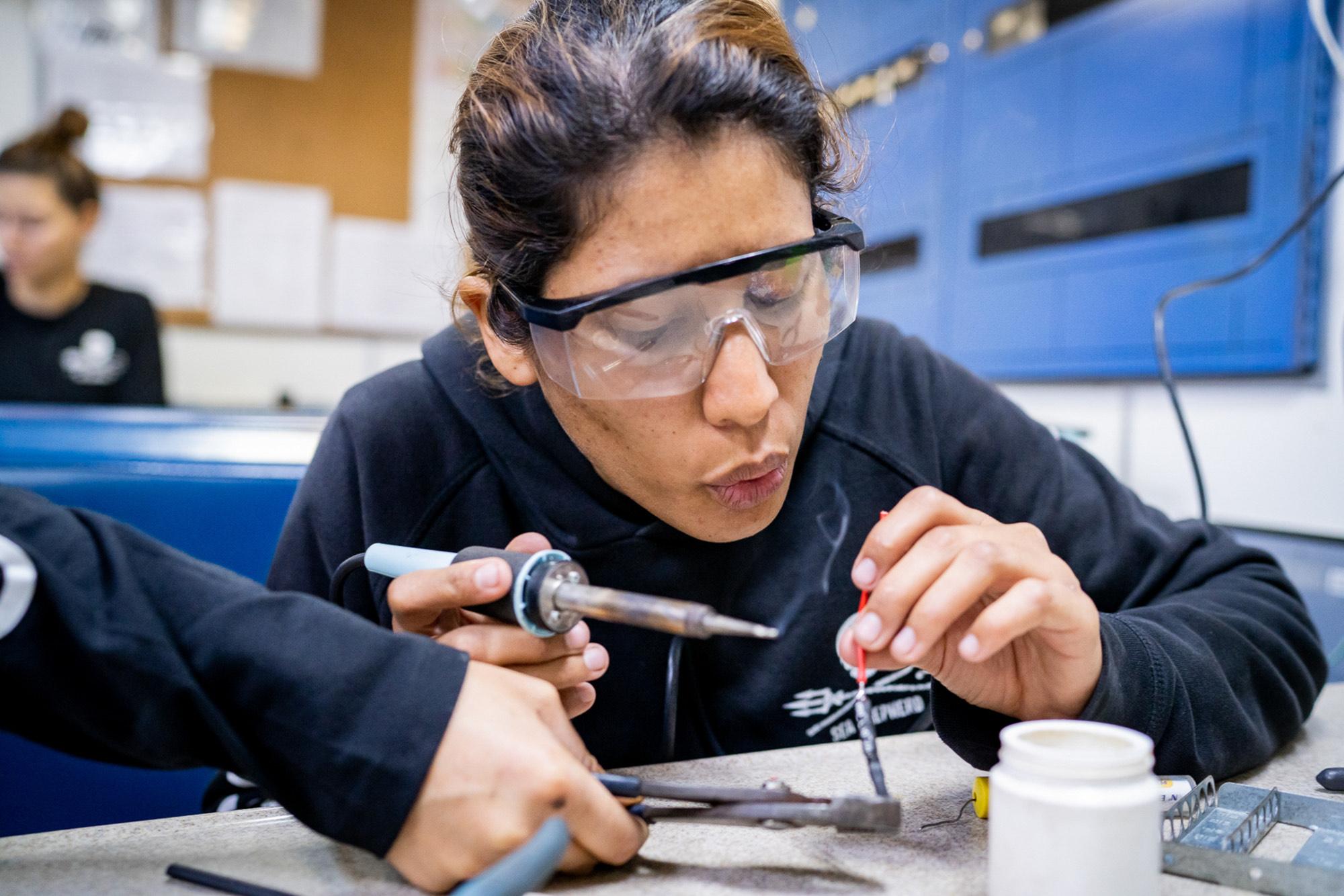 sea-shepherd-female-engineer SEA SHEPHERD